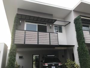 Casa En Ventaen Santa Ana, Santa Ana, Costa Rica, CR RAH: 18-805