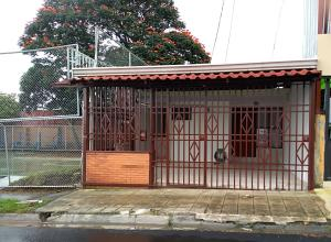 Casa En Ventaen San Jose, Goicoechea, Costa Rica, CR RAH: 18-808
