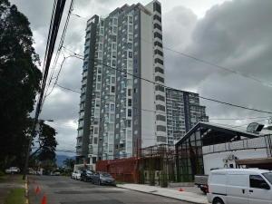 Apartamento En Alquileren Rohrmoser, San Jose, Costa Rica, CR RAH: 18-836