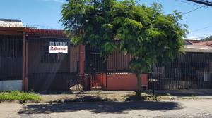 Casa En Ventaen Desamparados, Alajuela, Costa Rica, CR RAH: 18-971