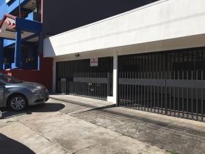 Apartamento En Alquileren Rohrmoser, San Jose, Costa Rica, CR RAH: 18-854