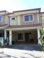 Casa En Alquileren La Union Tres Rios, La Union, Costa Rica, CR RAH: 18-868