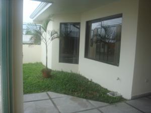 Casa En Ventaen Guapiles, Limon, Costa Rica, CR RAH: 18-887