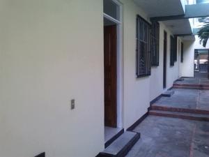 Apartamento En Alquileren Rohrmoser, San Jose, Costa Rica, CR RAH: 18-899