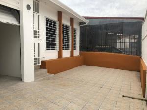 Casa En Ventaen Zapote, San Jose, Costa Rica, CR RAH: 18-944