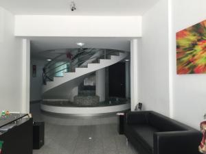Oficina En Ventaen Santa Ana, Santa Ana, Costa Rica, CR RAH: 18-937