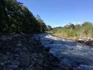 Terreno En Ventaen Valle Azul, San Ramon, Costa Rica, CR RAH: 18-784