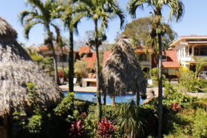 Apartamento En Alquileren Pozos, Santa Ana, Costa Rica, CR RAH: 19-49