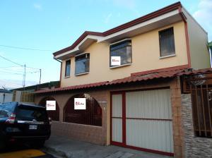 Casa En Ventaen Guadalupe, Goicoechea, Costa Rica, CR RAH: 19-51