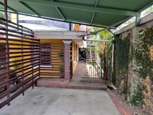 Apartamento En Alquileren Guapiles, Pococi, Costa Rica, CR RAH: 19-84
