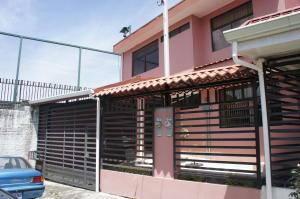 Casa En Alquileren Moravia, Moravia, Costa Rica, CR RAH: 19-115