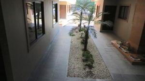 Apartamento En Alquileren Curridabat, Curridabat, Costa Rica, CR RAH: 19-123