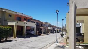 Casa En Alquileren Alajuela Centro, Alajuela, Costa Rica, CR RAH: 19-140