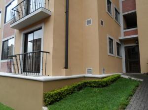 Apartamento En Alquileren La Uruca, San Jose, Costa Rica, CR RAH: 19-146