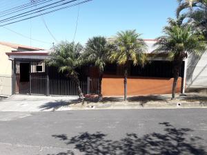 Casa En Ventaen Rohrmoser, Pavas, Costa Rica, CR RAH: 19-174