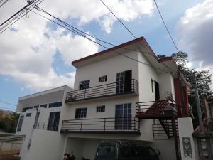 Apartamento En Alquileren Brasil De Santa Ana, Santa Ana, Costa Rica, CR RAH: 19-183