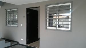 Apartamento En Alquileren Santa Ana, Santa Ana, Costa Rica, CR RAH: 19-204