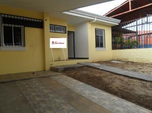 Casa En Ventaen Barva De Heredia, Barva, Costa Rica, CR RAH: 19-209