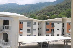 Apartamento En Ventaen Rio Oro, Santa Ana, Costa Rica, CR RAH: 19-215