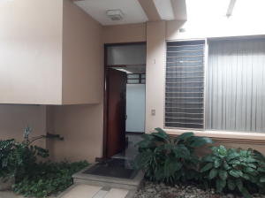 Apartamento En Ventaen Trejos Montealegre, Escazu, Costa Rica, CR RAH: 19-223
