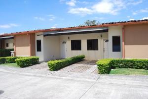 Casa En Ventaen Concasa, San Rafael De Alajuela, Costa Rica, CR RAH: 19-233