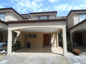 Casa En Alquileren San Rafael Escazu, Escazu, Costa Rica, CR RAH: 19-239