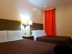 Hotel En Ventaen San Jose Centro, San Jose, Costa Rica, CR RAH: 19-303