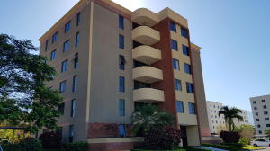 Apartamento En Alquileren Alajuela, San Rafael De Alajuela, Costa Rica, CR RAH: 19-256