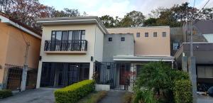 Casa En Ventaen San Juan, La Union, Costa Rica, CR RAH: 19-269