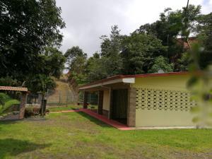 Terreno En Ventaen San Ramon, San Ramon, Costa Rica, CR RAH: 19-275