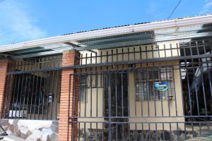 Casa En Ventaen San Jose, Vazquez De Coronado, Costa Rica, CR RAH: 19-326