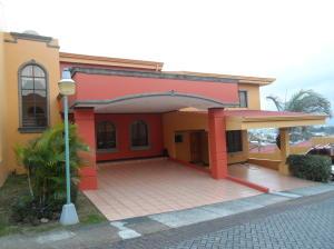 Casa En Ventaen Sabanilla, Montes De Oca, Costa Rica, CR RAH: 19-333