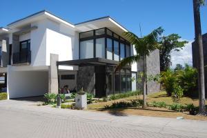 Casa En Alquileren San Rafael Escazu, Escazu, Costa Rica, CR RAH: 19-412