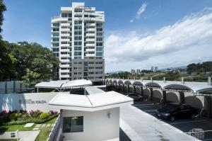 Apartamento En Alquileren La Uruca, San Jose, Costa Rica, CR RAH: 19-399