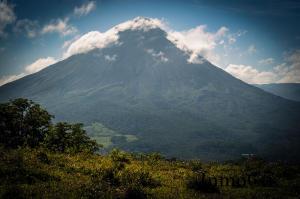 Terreno En Ventaen La Fortuna, San Carlos, Costa Rica, CR RAH: 19-414
