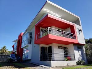 Apartamento En Alquileren Pozos, Santa Ana, Costa Rica, CR RAH: 19-430