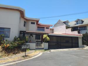 Apartamento En Alquileren Curridabat, Curridabat, Costa Rica, CR RAH: 19-495