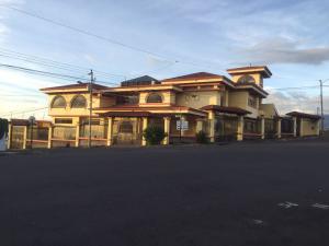 Casa En Ventaen Rohrmoser, Pavas, Costa Rica, CR RAH: 19-499