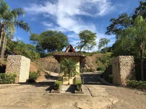 Terreno En Ventaen Santa Rosa, Santa Cruz, Costa Rica, CR RAH: 19-496