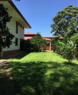 Casa En Ventaen Santa Ana, Santa Ana, Costa Rica, CR RAH: 19-506