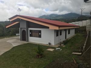 Casa En Alquileren San Francisco, Vazquez De Coronado, Costa Rica, CR RAH: 19-570