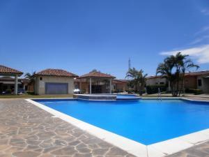 Casa En Alquileren Concasa, San Rafael De Alajuela, Costa Rica, CR RAH: 19-439