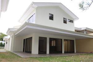 Casa En Ventaen Granadilla, Curridabat, Costa Rica, CR RAH: 19-531