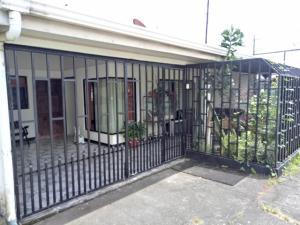 Casa En Ventaen Guapiles, Pococi, Costa Rica, CR RAH: 19-538