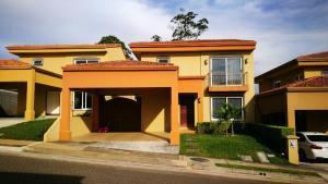 Casa En Ventaen San Joaquin De Flores De Heredia, Heredia, Costa Rica, CR RAH: 19-591
