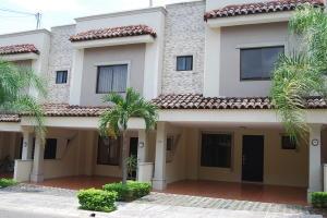 Casa En Alquileren Santa Ana, Santa Ana, Costa Rica, CR RAH: 19-542