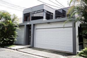 Casa En Alquileren San Pedro, Montes De Oca, Costa Rica, CR RAH: 19-546