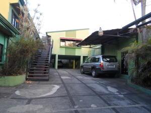 Apartamento En Ventaen Tibas, Tibas, Costa Rica, CR RAH: 19-561