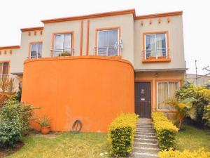 Casa En Ventaen Santa Ana, Santa Ana, Costa Rica, CR RAH: 19-569