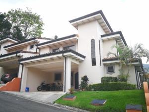 Casa En Ventaen San Antonio, Escazu, Costa Rica, CR RAH: 19-545